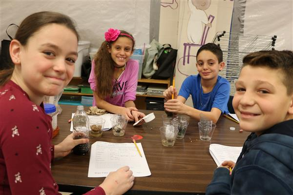 North Merrick Fifth Graders Participate in Hofstra On-Site STEM Studio